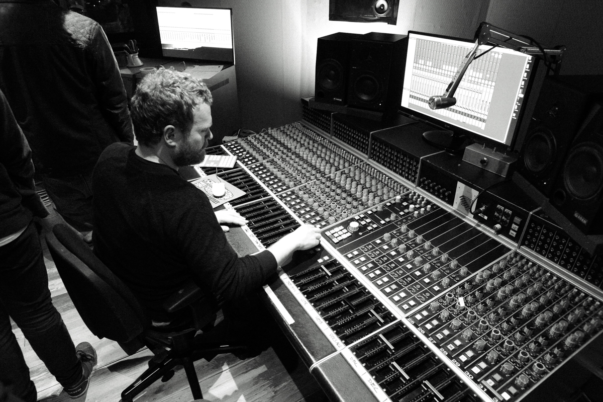 Taking_Back_Sunday_Amsterdam_Recording_Company_2014-9